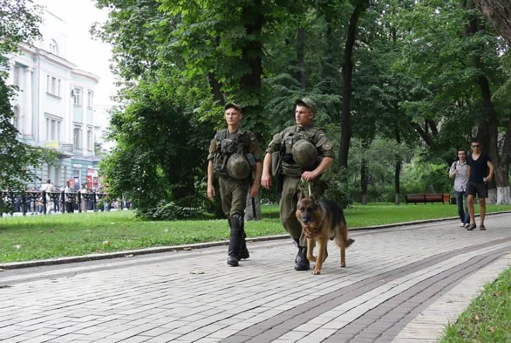 Українські правоохоронці й надзвичайники переходять на посилений режим роботи