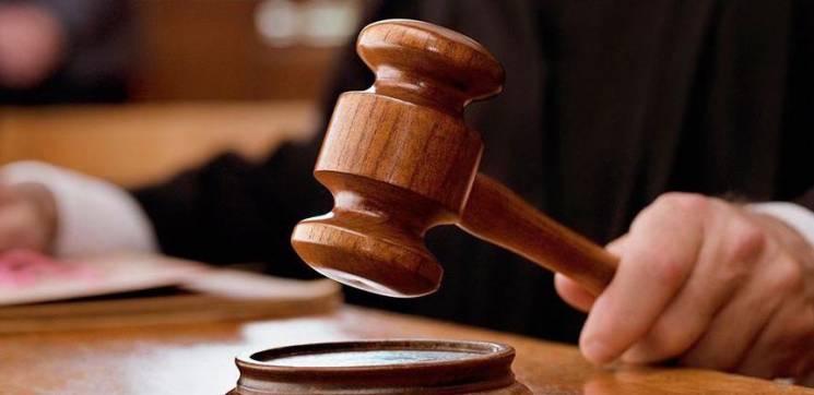 Гроші за несправний гаджет полончанці вдалося повернути через суд