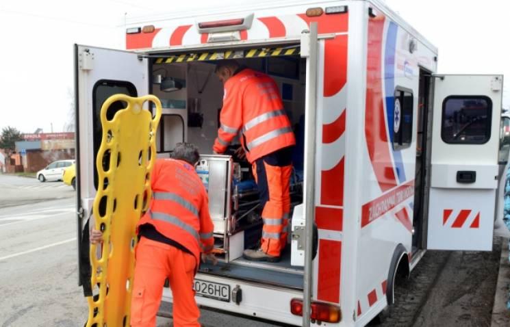 """Словаччина поповнює бригади """"швидких"""" українськими лікарями"""