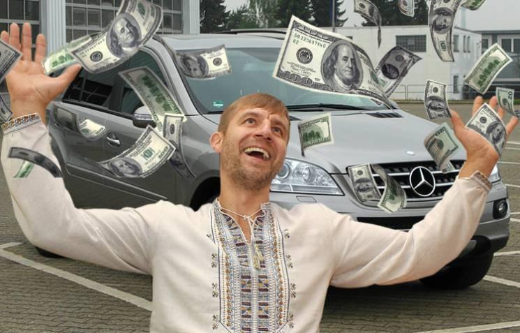 «Намне она нечислится»: Гаврилюк пояснил, почему ездит наволонтерском авто