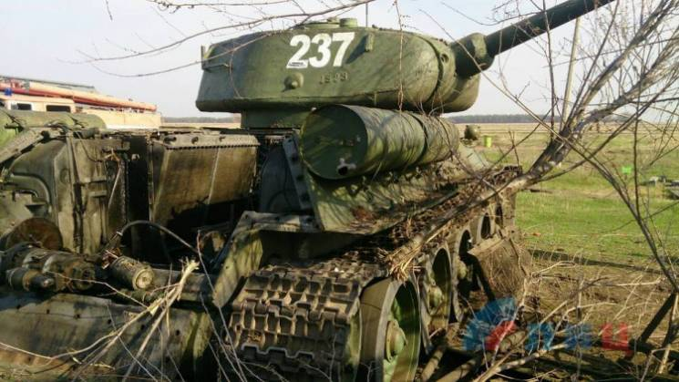 """Перемоги тижня на Донбасі: Знищення бронетехніки бойовиків і запуск антиросійської """"протиотрути"""""""