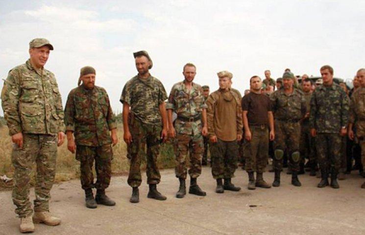 Освобожденные из России офицеры продолжат службу