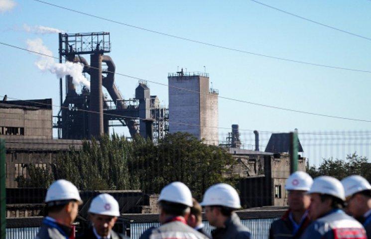Металлургический завод в Енакиево остановлен. Пускают только в бомбоубежище
