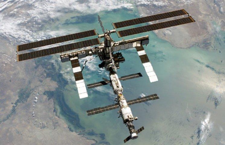 Космонавты показали, как выглядят действ…