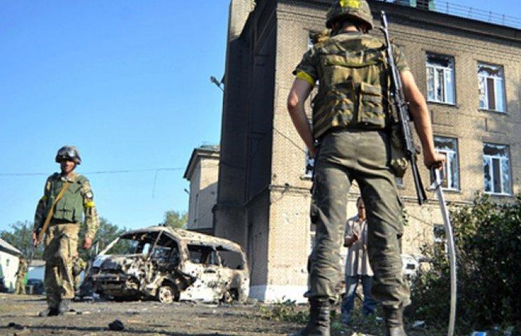 Майдан-3 на подходе: власть кинула батальоны, окруженные боевиками