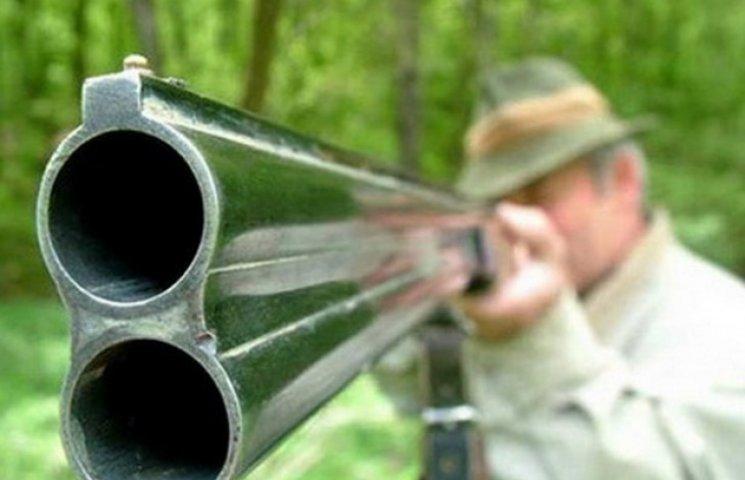 В день відкриття сезону полювання застрелили чоловіка