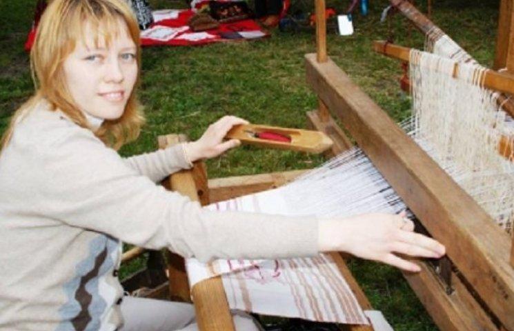 На майстер-клас із народних ремесел запрошують дітей і дорослих