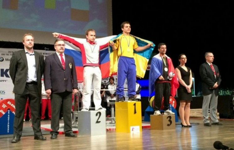 Вінничанин Іван Чупринко увосьме став рекордсменом світу з жиму лежачи