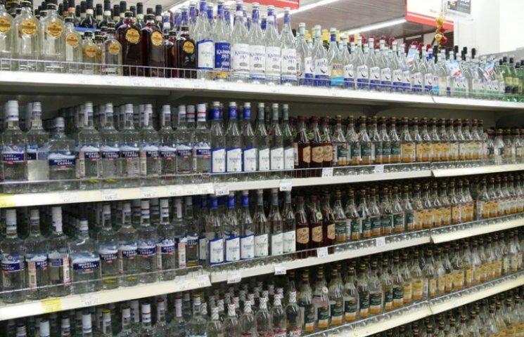 У Львові процвітає нічна торгівля алкоголем