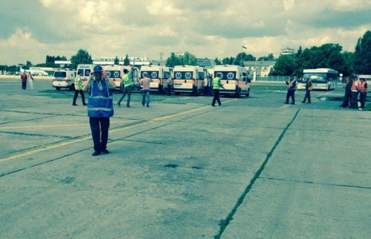 До Дніпропетровська за вихідні доправили 16 важкопоранених і тіла п