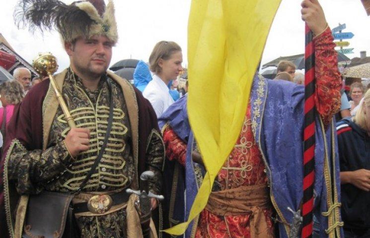 На Сорочинський ярмарок завітають посли дружніх країн