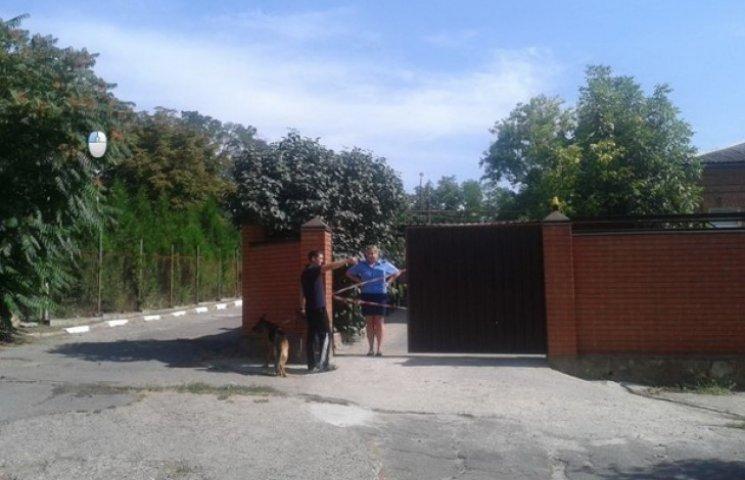 На Дніпропетровщині у дворі будинку депутата вибухнула граната