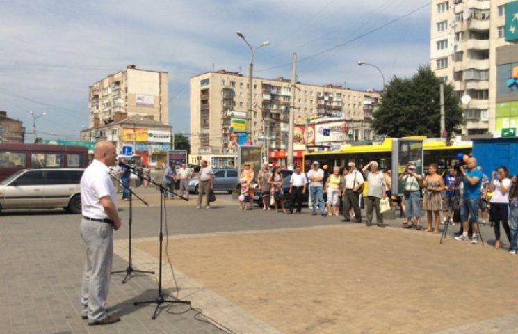 У Хмельницькому на лінії вийшли два нових тролейбуси