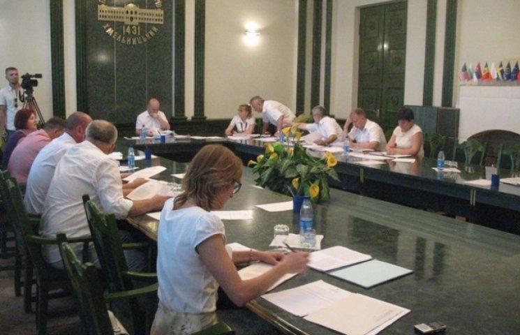 Працівникам соцзахисту Хмельницького не вистачає рук