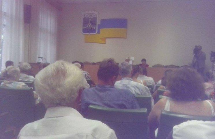 Дніпропетровці не хочуть жити на вулицях Бандери і Шухевича