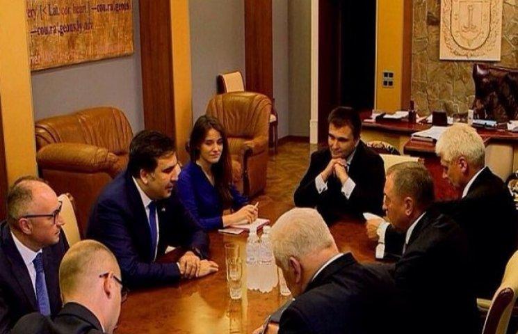 Михеїл Саакашвілі зустрівся з міністром МЗС Білорусі Володимиром Макеєм