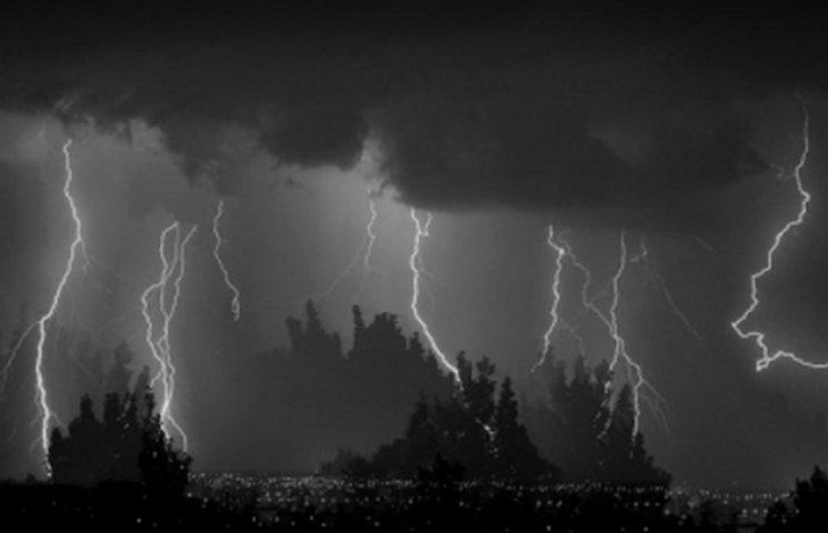 На вихідні на Одещині оголошено штормове попередження
