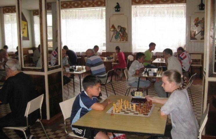У Шепетівці відбулося два чемпіонати області з шахів