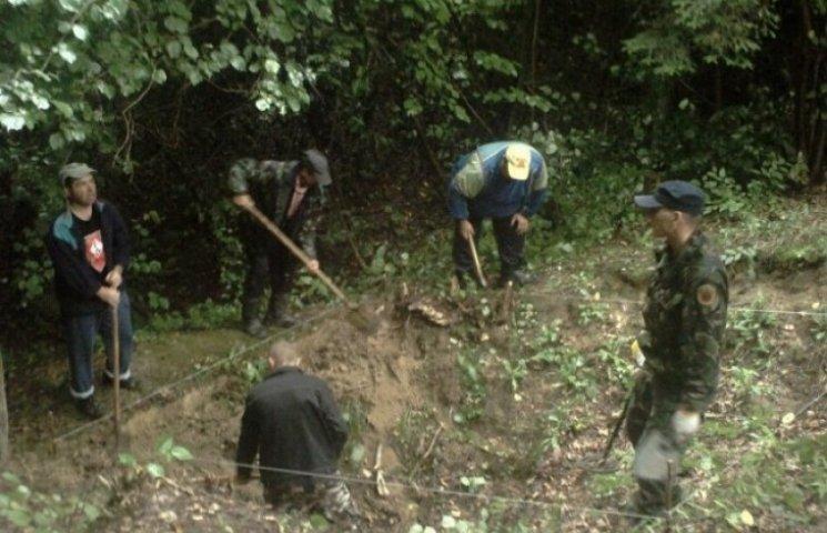 На Львівщині перепоховають вояків УПА