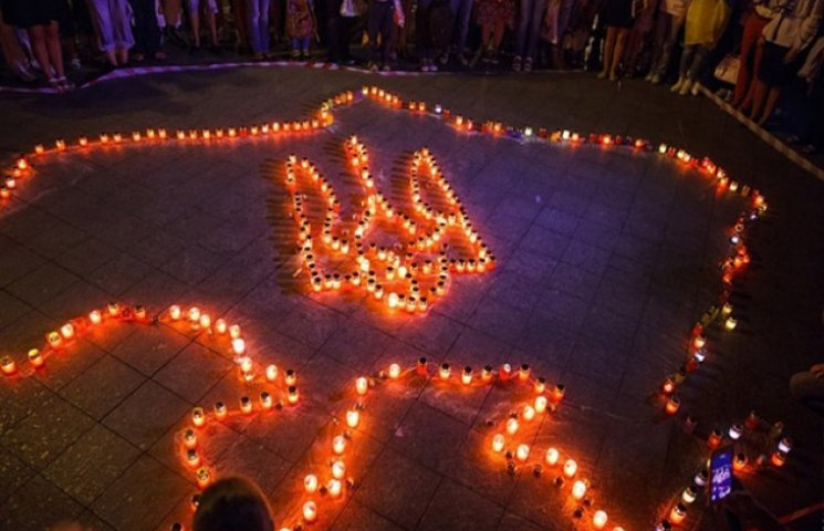 Близько 500 лампадок запалили одесити в пам