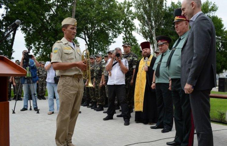 Вираховувати сепаратистів в АТО військовим музикантам допомагав гімн