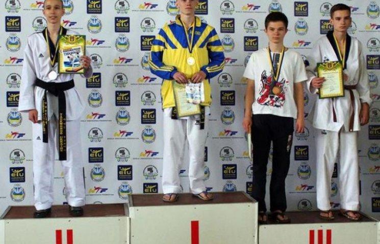 Полтавські юнаки вибороли 3 медалі на чемпіонаті України з тхеквондо