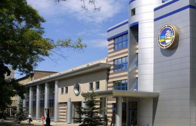Президент після присяги поліції відвідав університет Одеську морську академію