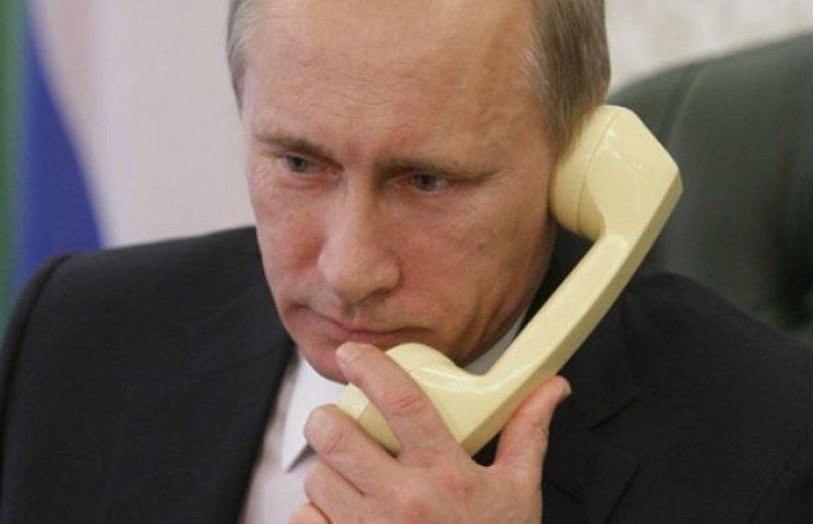 """Меркель і Олланд вказали Путіну, що вибори в """"ДНР"""" та """"ЛНР"""" підірвуть мирний процес"""