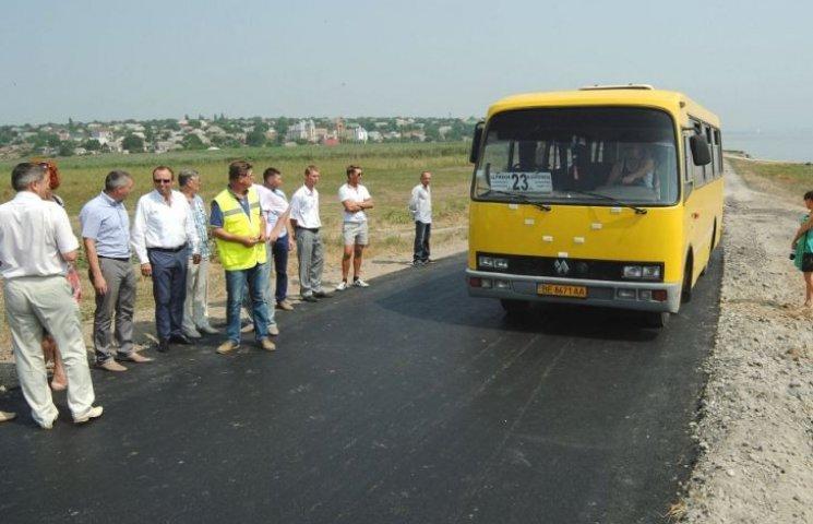На Миколаївщині продовжують вкладати нові дороги