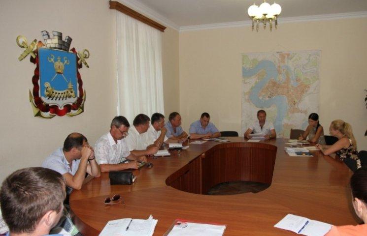 Ввезення до Миколаєва свинини контролюватиме поліція