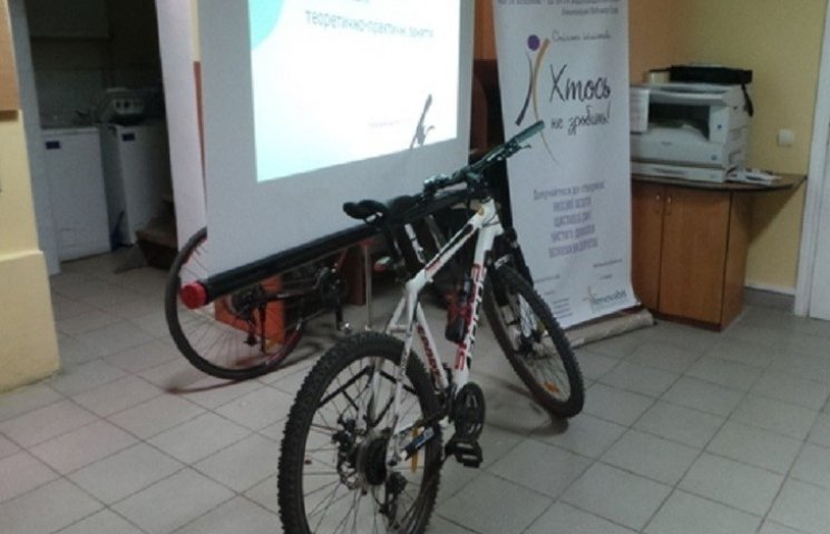Три тижні у Хмельницькому навчатимуть велосипедистів