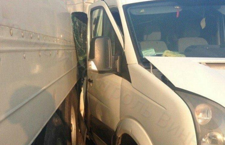У Вінниці знову розбились чотири автівки