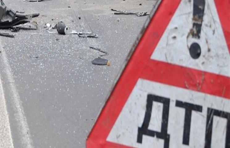 На Хмельниччині сталося ДТП, в якому 11 постраждалих, з них 4 дітей