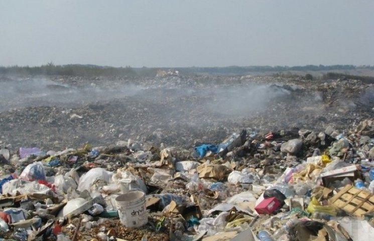 На Хмельниччині 6% земель завалені сміттям