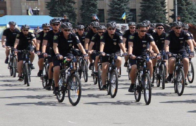 У Харкові з'явилися копи на велосипедах