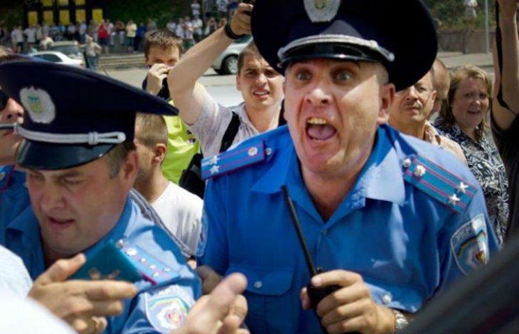 У Харкові на переатестацію відправлять майже 600 поліцейський