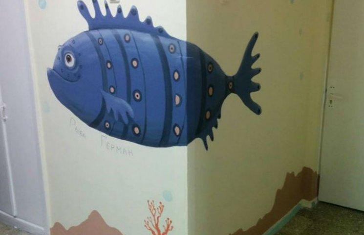 В ОХМАТДЕТЕ малышей будут лечить рыбами