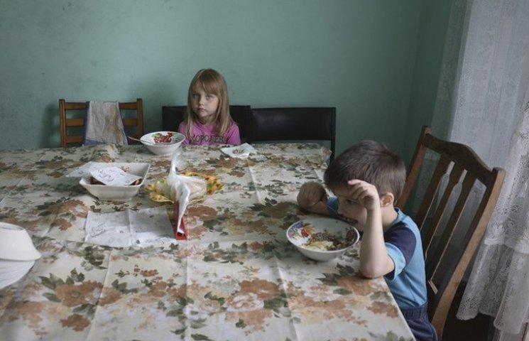 История одной #зрады: как сирот из-под Киева не переселили обратно на Луганщину