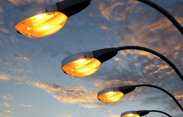 Ремонт вуличного освітлення обійшовся Миколаєву в майже 10 млн