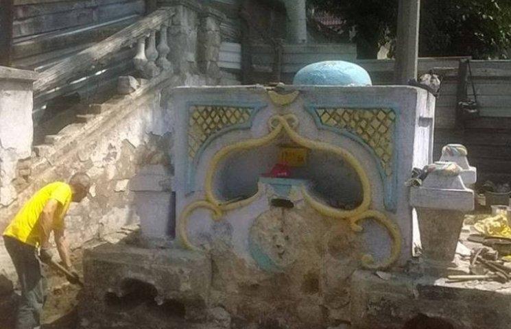 У Миколєві бюджетні гроші витратять на систему водовідведення Турецького фонтану