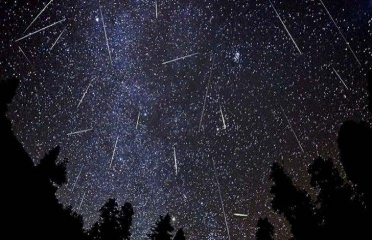 У нічному небі сьогодні очікують шалений зорепад