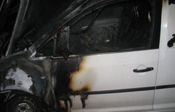 На Хмельниччині знову горіла автівка