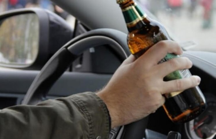 На Миколаївщині на 90% зросла кількість ДТП через водіїв напідпитку