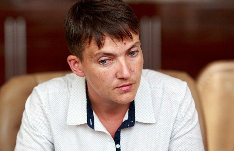 Савченко каже, що як стане президентом, в першу чергу спитає українців, куди їй іти