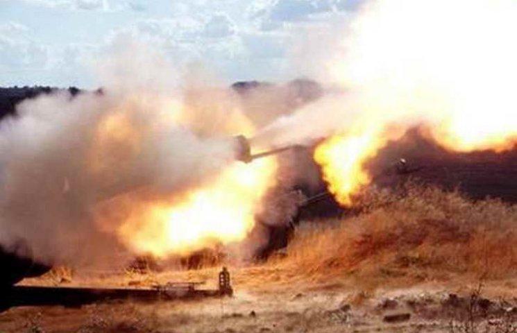 По позиціях запорізького батальйону терористи вночі гатили з 152-мм артилерії