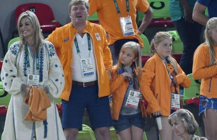 Королева Нідерландів вбралася в розкішну вишиванку на Олімпіаді