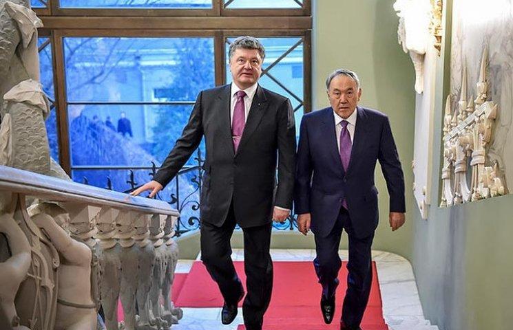 Чому українці злякалися казки Назарбаєва, який оббрехав Порошенка