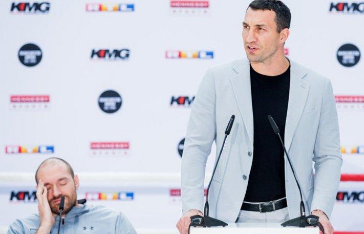 Видео дня: В Петербурге взрывы и стрельба, Кличко будет бить Фьюри в суде