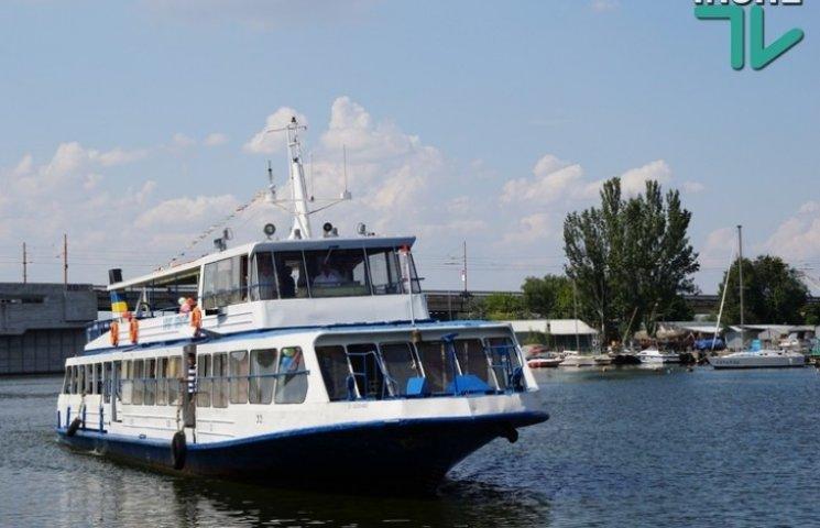 Миколаївськими річками ходитимуть пасажирські теплоходи