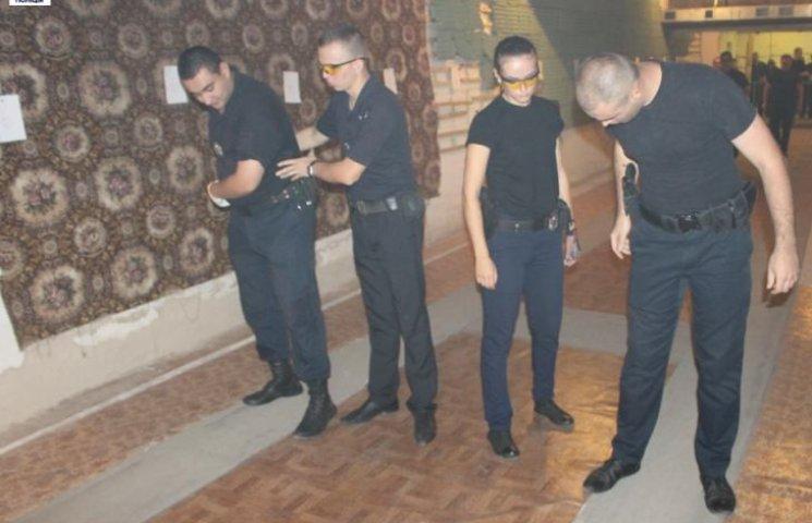 Миколаївські інструктори зі стрільби почали навчати своїх колег